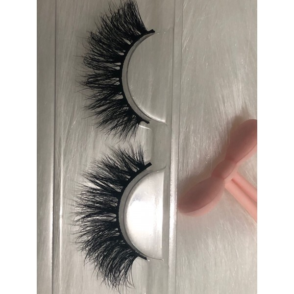 3D Mink Lashes 25mm, Natural Layered Effect Fluffy Long Wispy Lashes, Real Siberian Mink Cruelty-free, 100% Handmade
